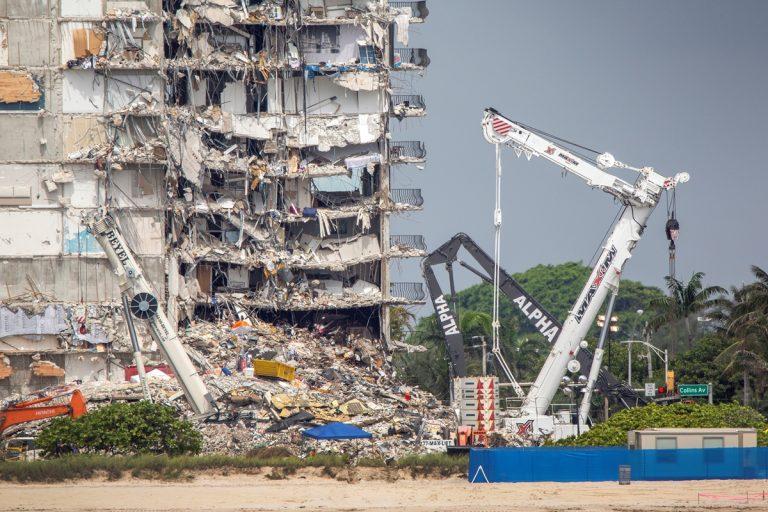 Víctimas del derrumbe en Miami-Dade recibirán una indemnización de 150 millones de dólares